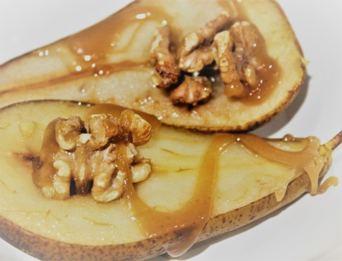 Baked Pears with Toffee and Walnut