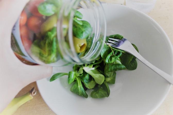 2 Easy Mason Jar Salads